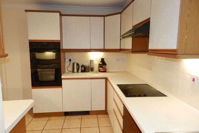 Fitted Kitchen of Cheltenham Terrace, Bridgend CF31