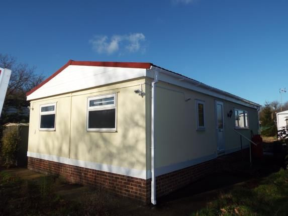 Thumbnail Mobile/park home for sale in The Dome Village, Hockley, Essex