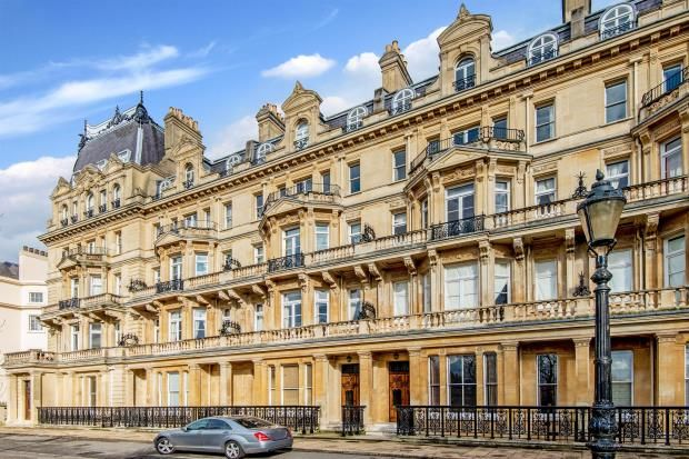 Thumbnail Property for sale in Cambridge Gate, Regents Park, London