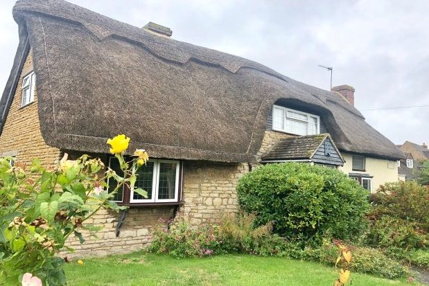 Thumbnail Cottage to rent in Gretton Road, Gotherington, Cheltenham