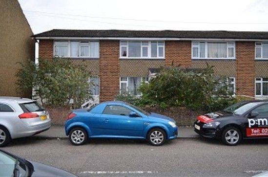Thumbnail Maisonette to rent in Rye Road, Hoddesdon