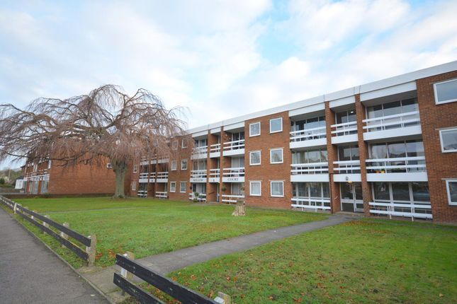 2 bed flat to rent in Willow Crt, St. Peters Pk Rd, Broadstairs CT102Bq CT10