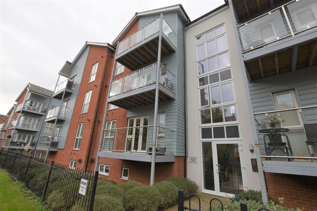 Thumbnail Flat to rent in Brookside Terrace, The Lane, Worcester