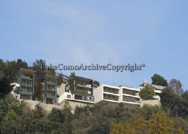 4 bed villa for sale in Como, Lake Como, Italy