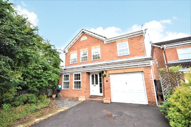 Thumbnail Detached house to rent in Essex Rise, Warfield, Bracknell, Berkshire
