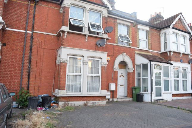 Thumbnail Flat for sale in Airthrie Road, Goodmayes