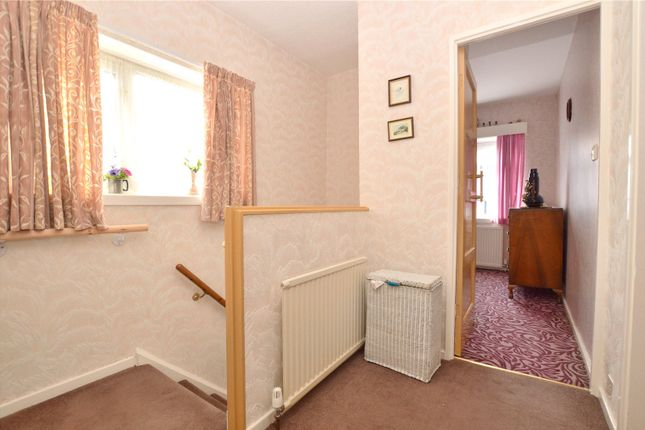Picture No. 07 of Crawshaw Rise, Pudsey, West Yorkshire LS28