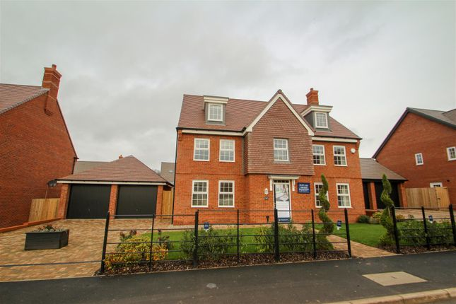 Thumbnail Detached house for sale in Wedgwood Drive, Barlaston, Stoke-On-Trent