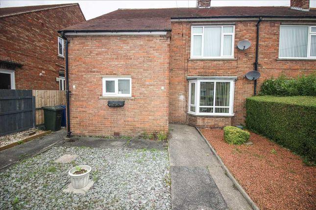 Thumbnail Flat to rent in Felton Avenue, Fawdon, Newcastle Upon Tyne