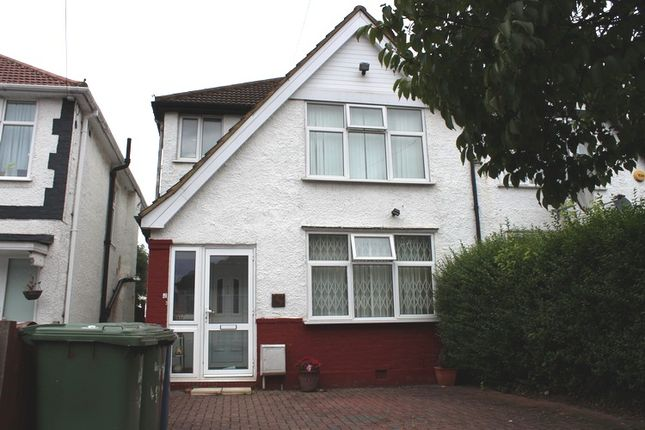 Thumbnail Room to rent in Toorack Road, Harrow Weald