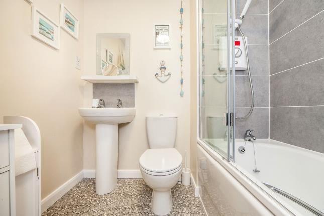 Bathroom of Dallington Avenue, Leyland PR25