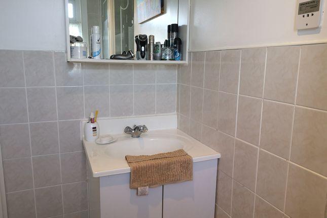 Shower Room of 31 Norton Park, Dartmouth TQ6