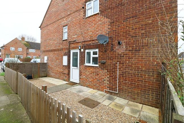 1 bed flat to rent in Hampden Road, Ashford
