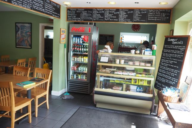 Photo 3 of Cafe & Sandwich Bars HX4, Greetland, West Yorkshire