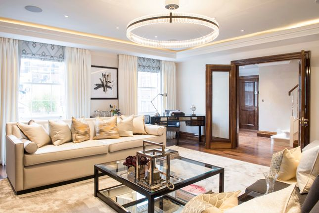Thumbnail Flat to rent in Grosvenor Hill, Mayfair