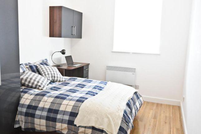 Thumbnail Flat for sale in Devon Road, Leeds