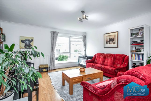 Picture No. 20 of Heath View, East Finchley, London N2