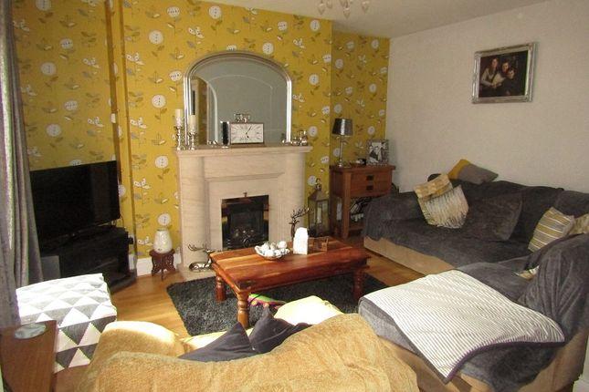 Lounge / Diner of Parcmaen Street, Carmarthen, Carmarthenshire. SA31