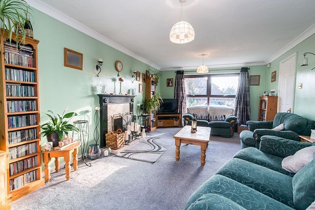 Thumbnail Detached house for sale in Fennel Close, Chineham, Basingstoke