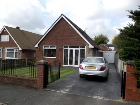 Thumbnail Bungalow for sale in Lansdowne Drive, Worsley, Manchester, Greater Manchester