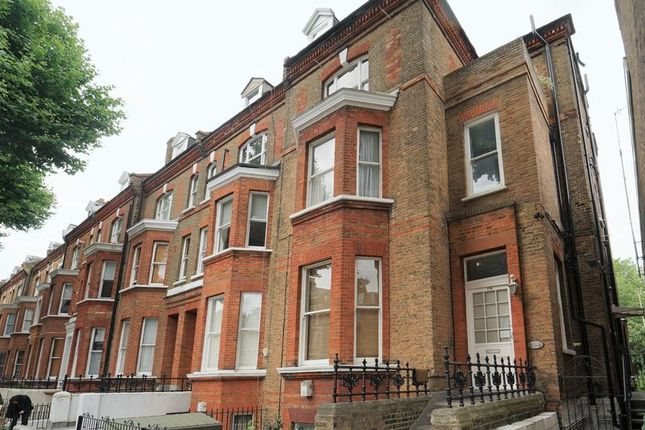 Thumbnail Flat for sale in Randolph Avenue, London