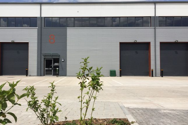 Thumbnail Warehouse to let in Unit 8 Vertex Business Park, Lyde Green, Bristol