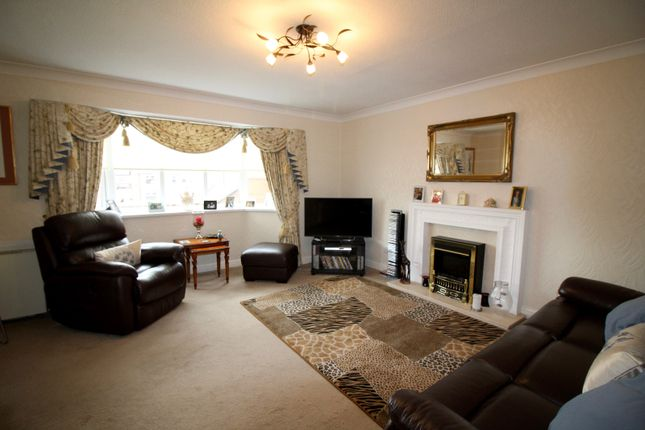 Thumbnail Flat to rent in Sandy Close, Cleveleys
