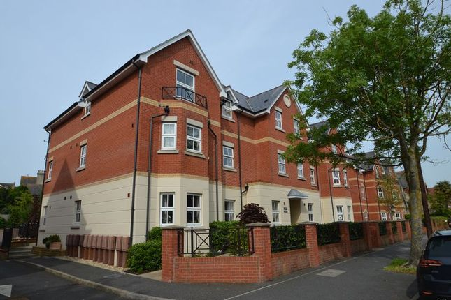 Thumbnail Flat for sale in Kirtleton Avenue, Weymouth