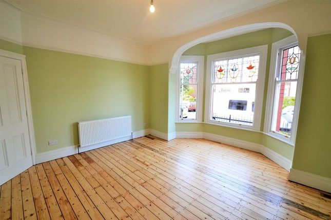 Thumbnail Semi-detached house to rent in Acresfield Road, Salford