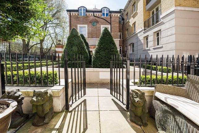 Duplex to rent in 68 Vincent Square, London