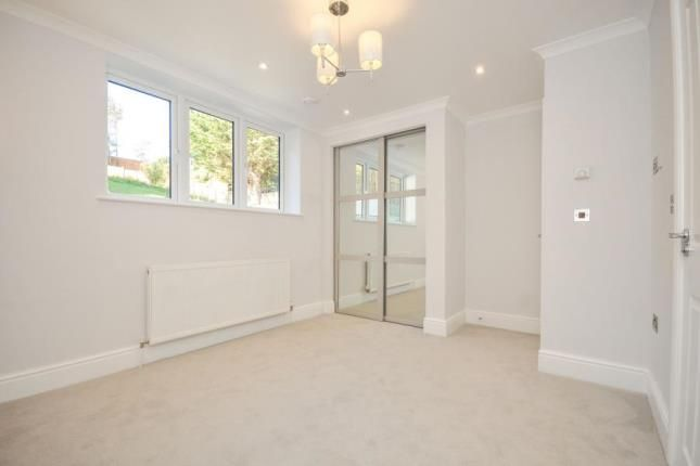Picture No.03 of Mandalay Apartments, Riddlesdown Road, Purley, Surrey CR8