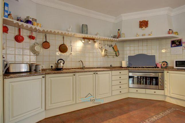 Kitchen of Mexilhoeira Grande, Algarve, Portugal
