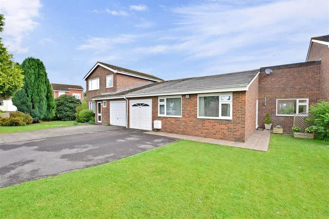 Thumbnail Bungalow for sale in Willow Way, Ashington, West Sussex