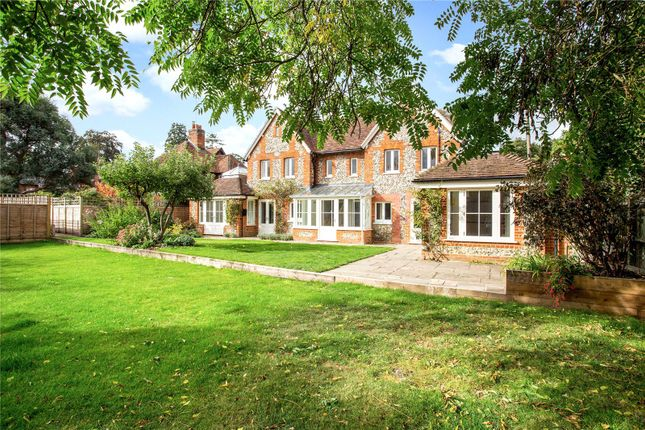 Thumbnail Property for sale in West Street, Henley-On-Thames, Oxfordshire