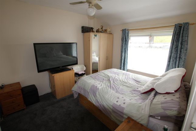 Bedroom One of Eastbury Avenue, Bradford BD6