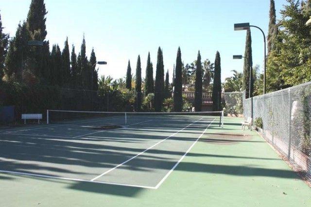 Tennis Court of Spain, Málaga, Marbella, Balcones De Sierra Blanca