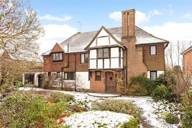 Thumbnail Detached house for sale in Cunningham Hill Road, St. Albans, Hertfordshire