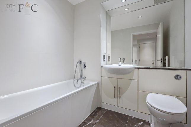 Bathroom Photo of Greenwich Millenium Village, North Greenwich SE10