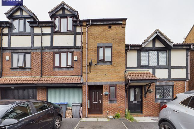 4 bed town house for sale in 15 Sandpiper Close Herons Reach, Blackpool, Lancashire FY3