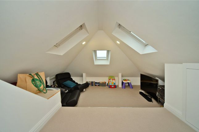 Picture No. 18 of Timbercroft, Epsom KT19