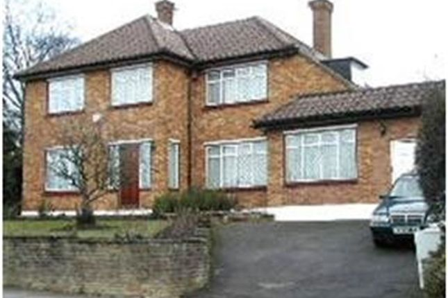 Thumbnail Detached house to rent in Park Road, Barnet, Hertfordshire