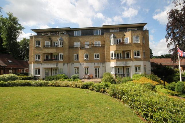 Thumbnail Flat for sale in Willicombe Park, Tunbridge Wells