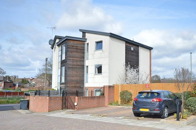 2 bed flat for sale in Finley Place, Havant