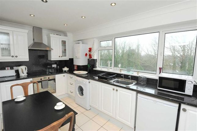 3 bed flat for sale in 24, Croft Court, Tenby, Pembrokeshire