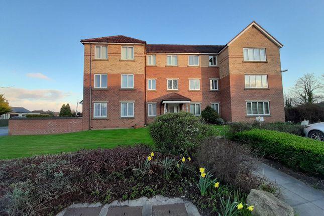 2 bed flat to rent in Fawcett Gardens, Driffield YO25