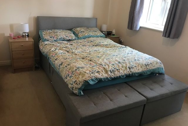 Bedroom of Lawyers Close, Holbeach, Spalding PE12