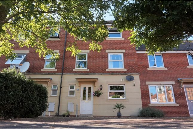 Thumbnail Terraced house to rent in Trent Square, Gillingham