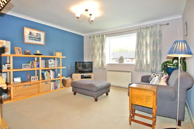 2 bed flat for sale in Watery Lane, Lancaster
