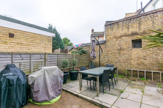 Thumbnail Flat for sale in Garratt Lane, Earlsfield, London