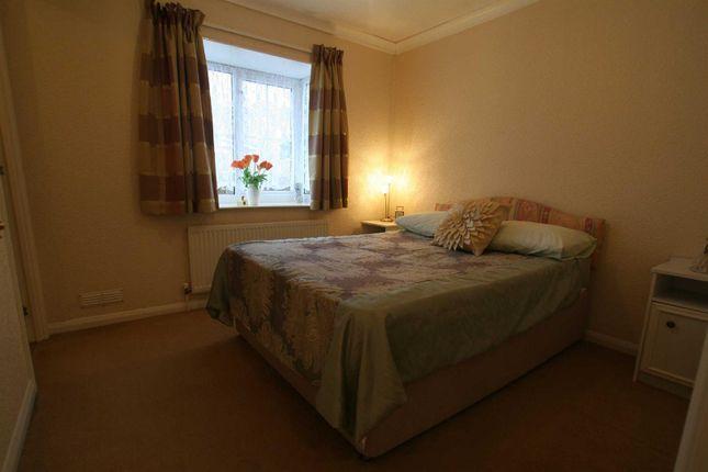 Bedroom One of Mill Farm Park, Bulkington, Bedworth CV12